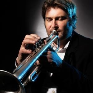 Valentin Garvie, Trompete
