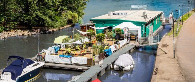 Yachtklub - Das Bootshaus auf dem Main